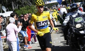 Guarda la versione ingrandita di Nizza: Tour de France, tredicesima tappa si corre comunque (foto Ansa)
