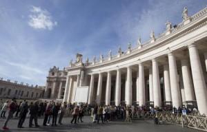 Guarda la versione ingrandita di Giubileo, pellegrini senza soldi? Prestiti per andare a Roma...