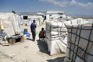 Guarda la versione ingrandita di Foggia, ghetto braccianti: ivoriano accoltella a morte maliano