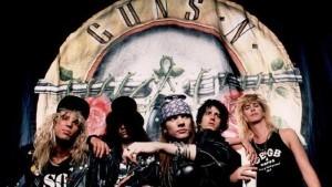 Guns 'N Roses bloccati in Canada per detenzione di armi