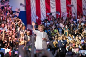 Guarda la versione ingrandita di Hillary Clinton prima donna in corsa per la Casa Bianca