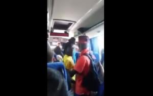 YOUTUBE Immigrati salgono sul bus e non pagano biglietto: rivolta