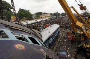Guarda la versione ingrandita di Treno contro scuolabus: morti 7 bambini in India (Foto d'archivio)