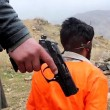 Isis, ultimo orrore: sette disertori bolliti vivi