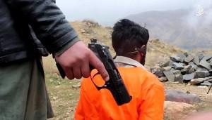 Guarda la versione ingrandita di Isis, ultimo orrore: sette disertori bolliti vivi