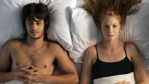 Parlare durante il sesso: le 15 cose da non dire mai a letto