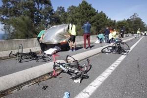 Lodi: pirata della strada investe gruppo di ciclisti, poi la fuga