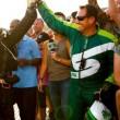 YOUTUBE Si lancia senza paracadute da 7mila metri: è record!03