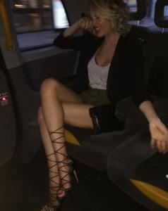 Alessia Marcuzzi ubriaca e...svestita! FOTO