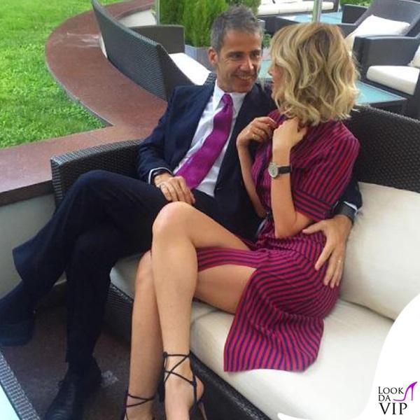 Alessia Marcuzzi, vestitino troppo corto e... FOTO