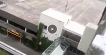 """YOUTUBE Monaco, attentatore su tetto parcheggio: """"Sono tedesco"""""""