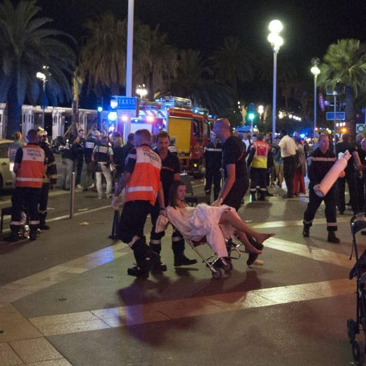 Strage di Nizza, l'ISIS rivendica l'attentato: