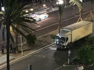 Nizza, vendeva oggetti del massacro: sciacallo condannato a 10 mesi