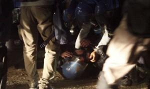 Tav, petardi e caos a Chiomonte: chiusa autostrada nella notte