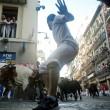 Pamplona, corsa tori inizia con...ubriachi in strada e donne senza maglietta 2