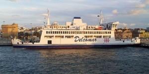 Sardegna, parto sul traghetto: neonata muore in ospedale