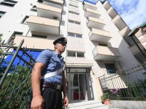 Giacomo Sfragaro strangola moglie dopo che carabinieri sono usciti di casa