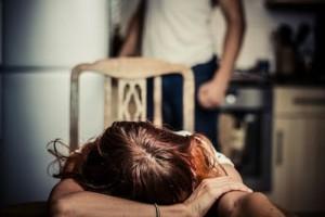 Perugia, pranzo non è pronto: marito picchia la moglie