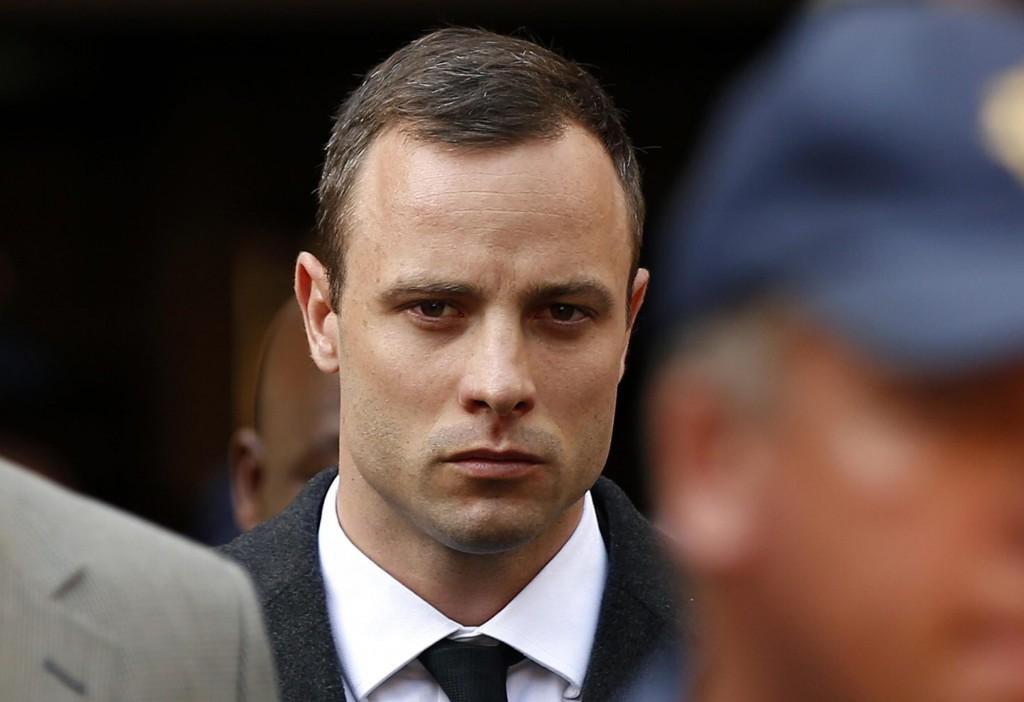 Oscar Pistorius si becca 6 anni. Omicidio volontario, pena mite