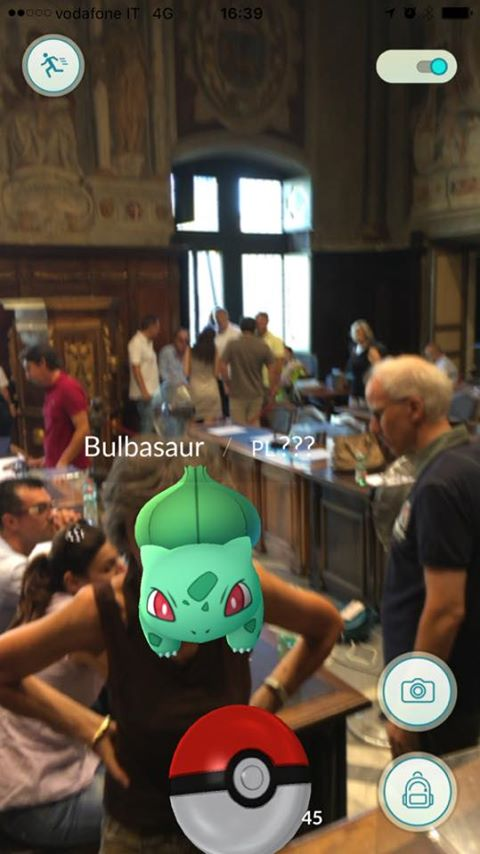 Pokemon a Viterbo: Consiglio comunale deserto, ma c'è Bulbasaur FOTO