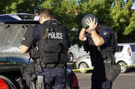 Usa: spara e ferisce 2 poliziotti a San Diego, caccia all'uomo