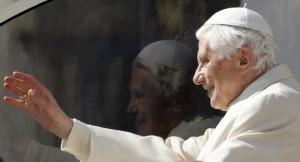 """Ratzinger: """"Ho sciolto la lobby gay in Vaticano"""""""