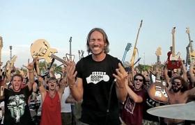 Rockin'1000, a Cesena il bis: scaletta da record<br /> In 1200 suonano dai Ramones ai Rolling Stones