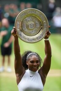 Wimbledon, Serena Williams eguaglia Steffi Graf vincendo suo 22° Slam