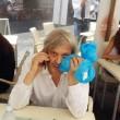 """Vittorio Sgarbi, missione Gioconda fallita: """"Sono scivolato e..."""""""