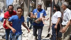Siria, bombe su ospedali ad Aleppo: morto bambino di due giorni