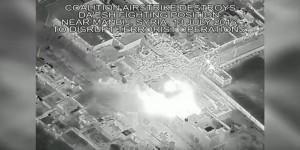 Guarda la versione ingrandita di YOUTUBE Siria: raid aerei contro Isis, almeno 30 morti