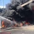 Incendio su A1: tir in fiamme, chiuso tratto vicino firenze
