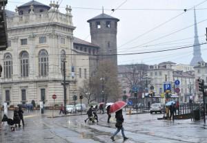 Maltempo a Torino: violenta pioggia e raffiche di vento