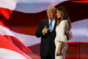 Guarda la versione ingrandita di Melania Trump: suo discorso copiato da Michelle Obama?