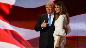 """""""Ho copiato io Michelle Obama"""". Ghostwriter si dimette ma Trump perdona"""