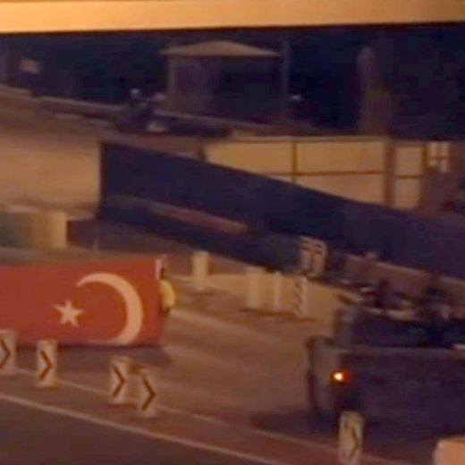Turchia: spari in municipio in centro a Istanbul, ferito vicesindaco