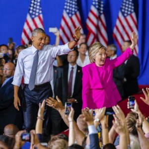 "Usa 2016, Obama incorona Hillary Clinton: ""Scegliete lei come presidente"""