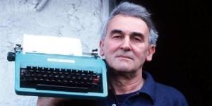 Valentino Zeichen è morto: addio al poeta che viveva in una baracca