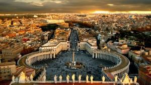 """Roma, """"saltafila"""" in piazza San Pietro: agenzie tutte irregolari"""