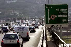Nizza. Confini sigillati. Ventimiglia e Monte Bianco allarme rosso