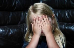 Abusò della figlia della compagna: condannato a 8 anni