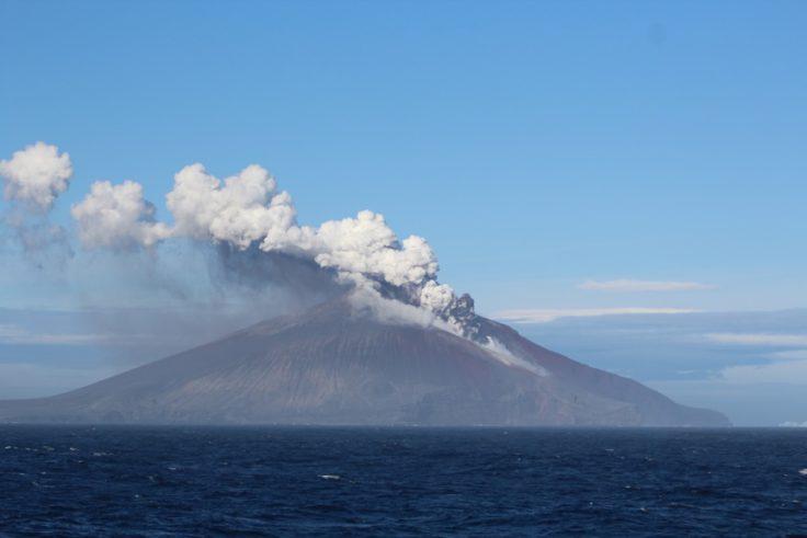 Antartide, erutta vulcano: oltre 1 mln pinguini a rischio04