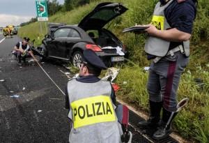 """Gianluca Buonanno, archiviato caso sulla morte: """"Distrazione in auto"""""""