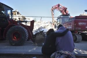Terremoto, sciacallo sul web raccoglieva fondi su suo conto corrente