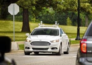 Ford, prima auto a guida totalmente autonoma in vendita nel 2021