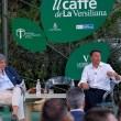 """Matteo Renzi contestato alla Versiliana: """"Pinocchio"""" 02"""
