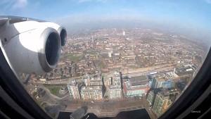 Aereo atterra a Londra, ecco cosa vede il pilota in cabina5