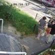 Autobus finisce contro la fermata: donna illesa per miracolo5