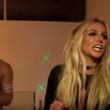 Britney Spears entra in camera di Jimmy Kimmel