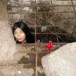 Cina, donna malata di mente vive in gabbia nello scantinato FOTO4